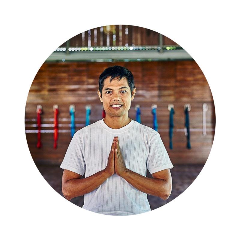 SIB Yoga teacher training bali Pranava Yoga PUTU DWIJENDRA - Yoga Teacher Training