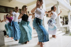 StudyInBali_Ceremonial_Balinese_Dance_web_03