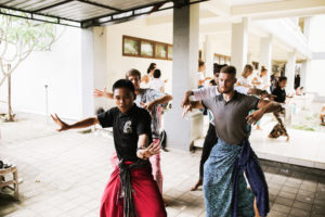 StudyInBali_Ceremonial_Balinese_Dance_web_04