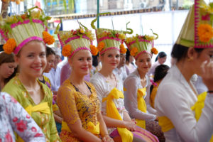 StudyInBali_Ceremony_03_web_kl