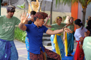 StudyInBali_Ceremony_05_web_kl