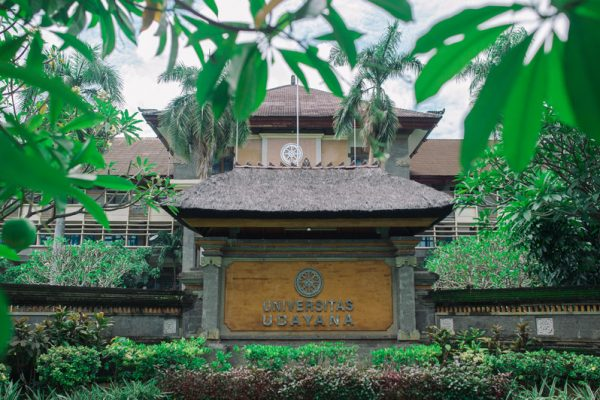 StudyInBali_Universitas-Udayana-Bali01