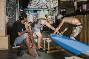 StudyInBali_Watersports_Surfboard-Workshop_02_web