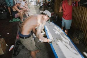 StudyInBali_Watersports_Surfboard-Workshop_03_web