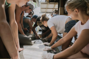 StudyInBali_Watersports_Surfboard-Workshop_05_web
