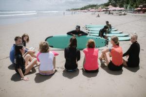 StudyInBali_Watersports_Surfing_02_web