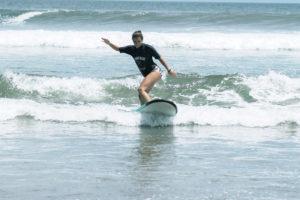 StudyInBali_Watersports_Surfing_04_web